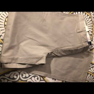 Men's khakis pants